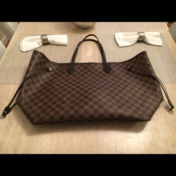 Louis Vuitton Handbags - Authentic LOUIS VUITTON Neverfull GM 9a661a1063